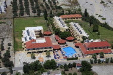 Pohled na hotel Fantasy, Kolymbia